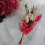 Prendidos o flor de solapa 24